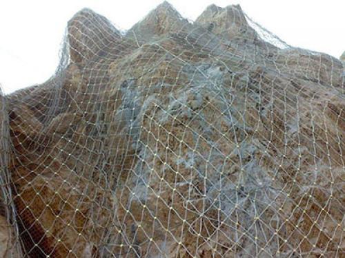 在购买边坡防护网的时候需要留意的几点