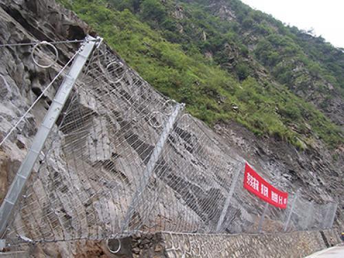 被动边坡防护网案例
