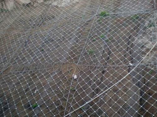 tecco钛克网:山坡防护网的作用体现在哪些方面