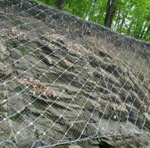 边坡防护网在使用中的加固方式有哪些