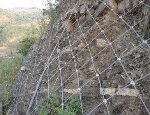边坡防护网在安装过程中采用什么方式比较好